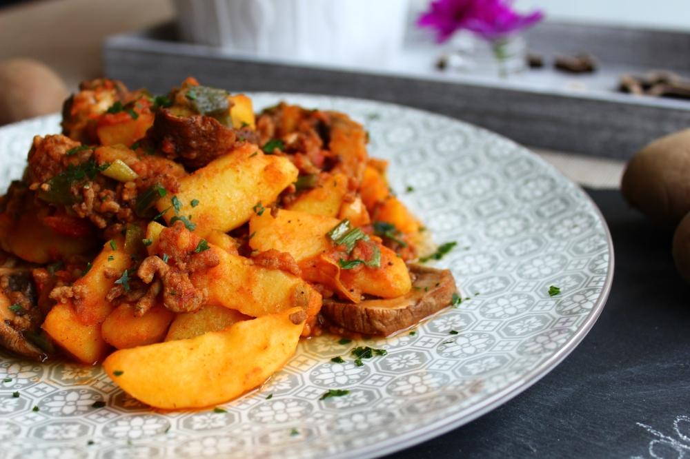 Kartoffel-Hack-Pfanne mit Champignons